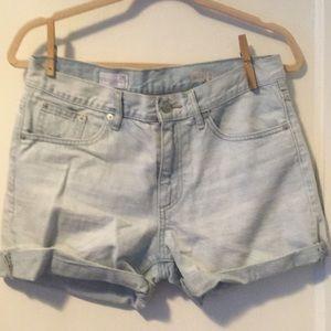 Gap cutoff jeans Sexy Boyfriend shorts 26 waist